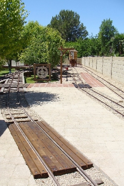 Wood Plank Walkway : Arizona and pacific rr annual report